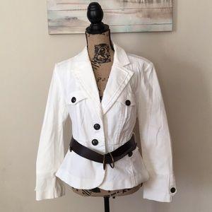 Worthington White Blazer w/Belt